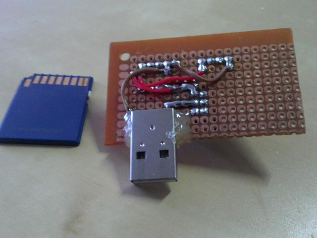 USB Power Adapter. Bottom side